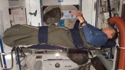 Astronauta duerme